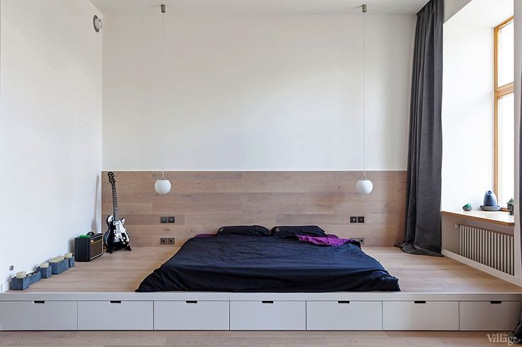Don't love the design of the room but I like how low the platform bed is and how wide the space around the mattress