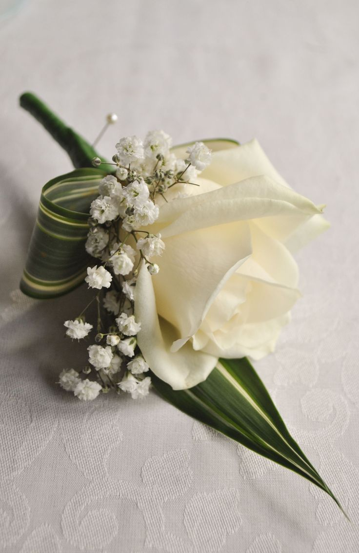 Rose buttonhole with delicate gypsophila and variegated greenery | Corsage wedding, White ...