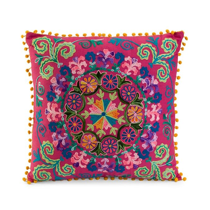 LOVE!!! It has my name written all over it. Well, sort of. ;) Embroidered Jackie Pillow | dotandbo.com