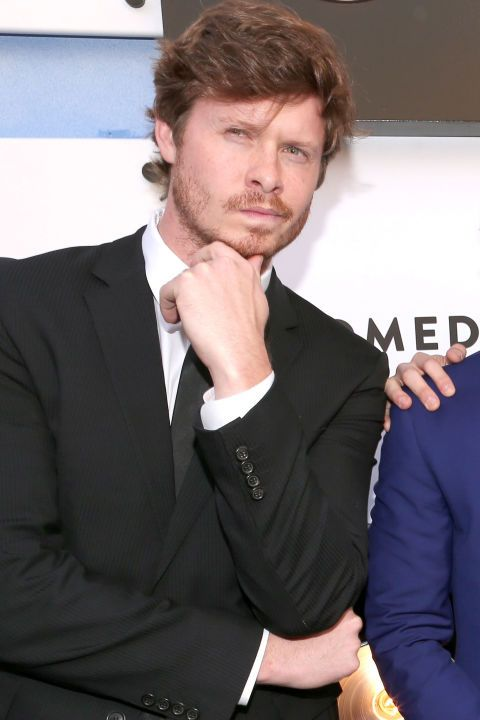 Hear what celeb guys including Workaholics' Anders Holm say when asked the same inane beauty questions women get on the red carpet.