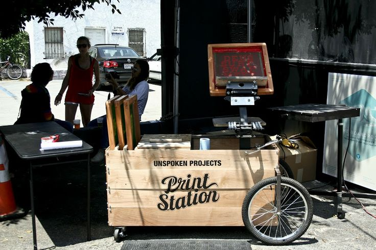 portable screen print station