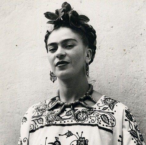 Frida                                                                                                                                                     Plus