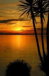 Sonnenuntergang am eigenen Strand der Pension am Bodensee