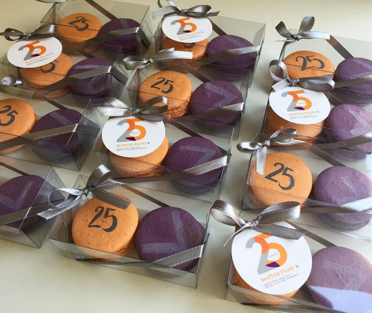 25 anos do @mattos_filho ! Um prazer fazer parte desta festa! #maymacarons #macarons #macaronspersonalizados #giftcorporativo #nossasembalagens #nossosmacarons
