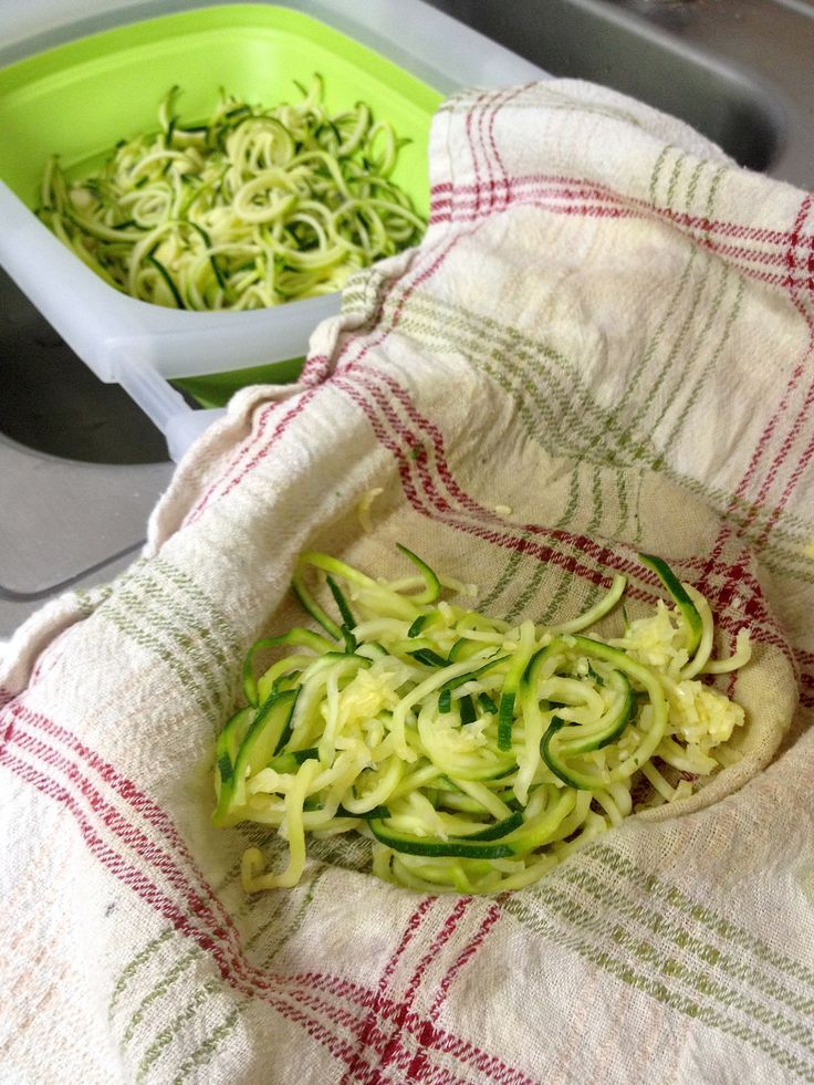 Zucchini-Noodles-Drained