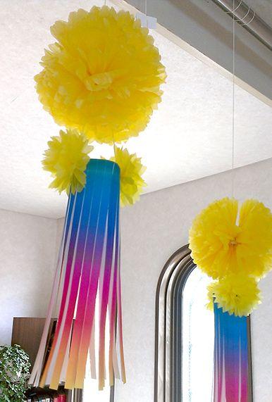 ペーパーフラワーで作る虹色の素敵な七夕飾り(吹流し)