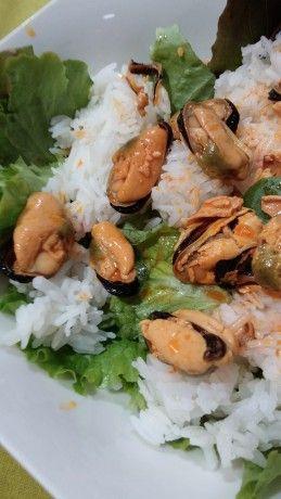 Ensalada de arroz con mejillones