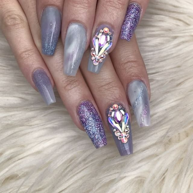 @vikkiloraso new nails Products - @glamandglitsnails ColourPop Acrylic in - Beachball, barefoot, private island, Colour Acrylic in Emily, Diamond glitters in Jet set and Mezmerising ALL AVAILABLE OFF MY WEB LINK IN BIO Swarovski's used also off my site  www.nailsbyannabel.co.uk