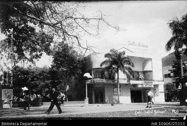Cali antigua: Teatro Bolívar, en la Avenida Sexta. Fecha indeterminada