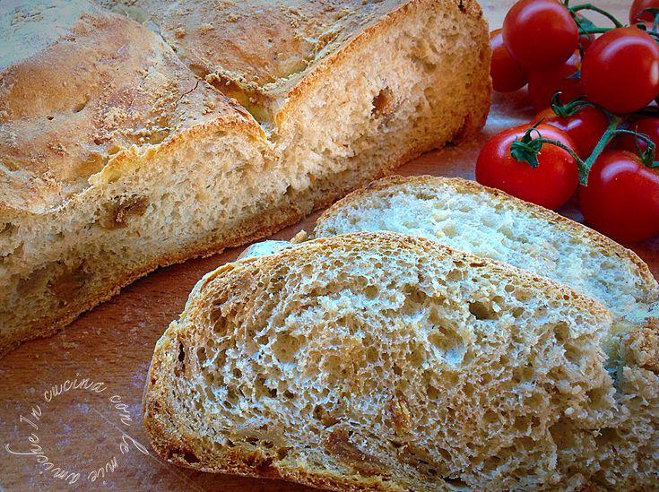 Pane con i ciccioli