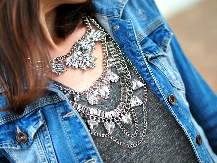 Bold Clear Crystals Statement Necklace