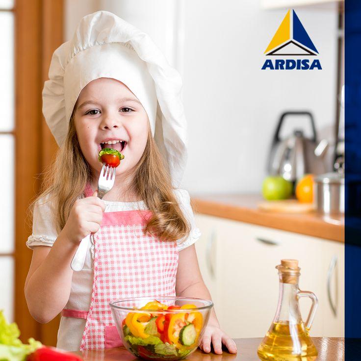 Sabes que hiciste un plato delicioso cuando pasas horas en tu #cocina Mobilex, pero tus hijos tardan poco en llegar a la mesa.