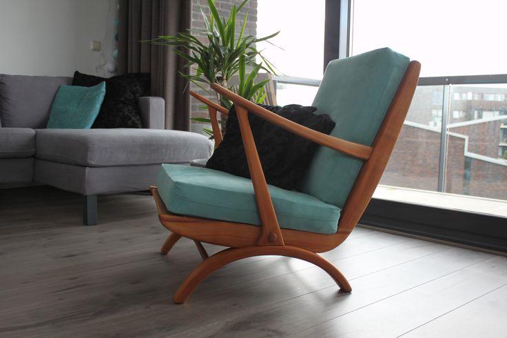 Oude stoel, opgeknapt. Jaren '50