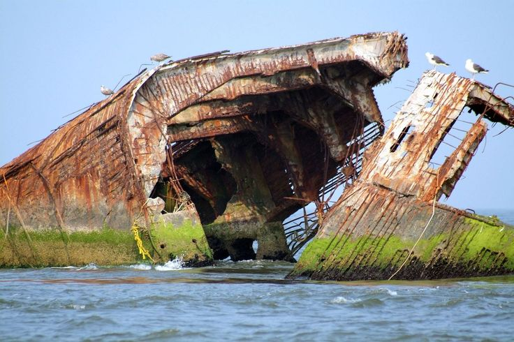 The sunken ship in Cape May, New Jersey