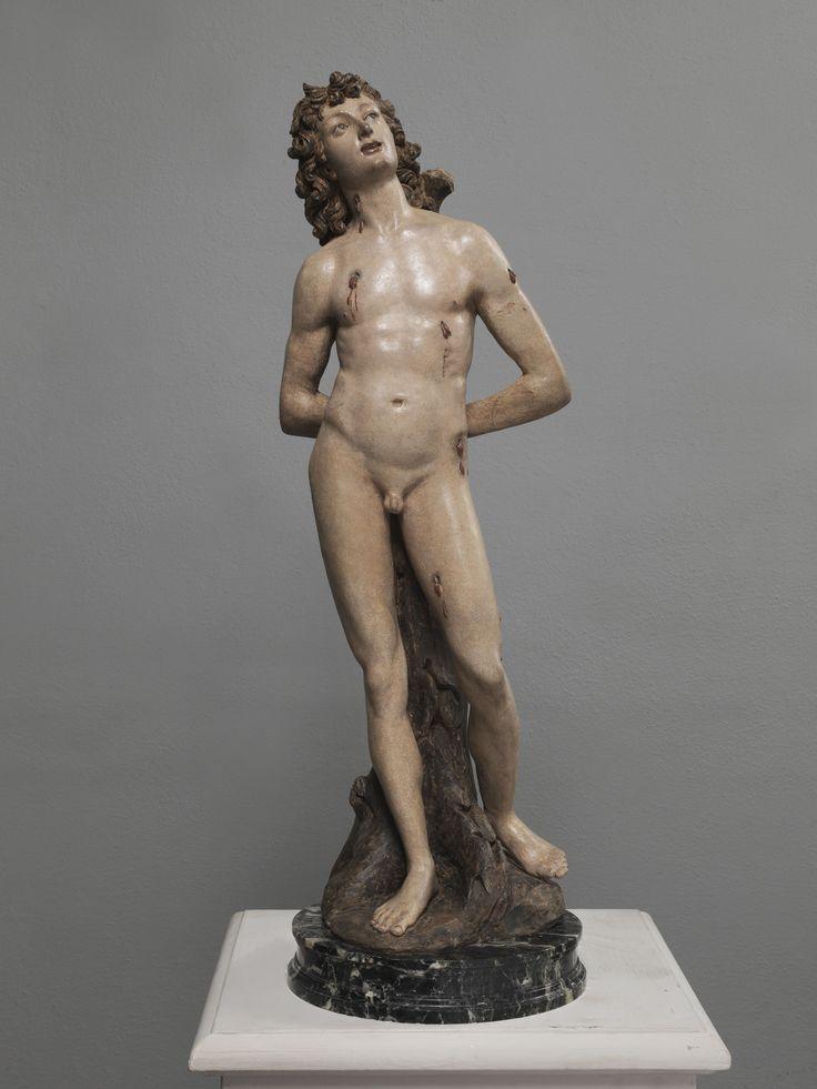 """BENEDETTO DA ROVEZZANO (Benedetto di Bartolomeo dei Grazzini). (Canapale, Pistoia, 1474 - Vallombrosa dopo il 1552)   Scultura in terracotta policroma raffigurante """"San Sebastiano""""  Alta cm. 63"""