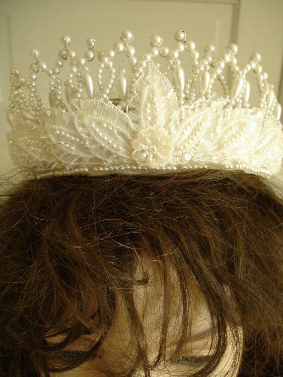 1970s wedding crown