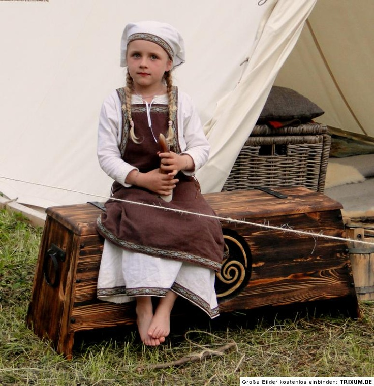 Viking Clothes Facts For Kids