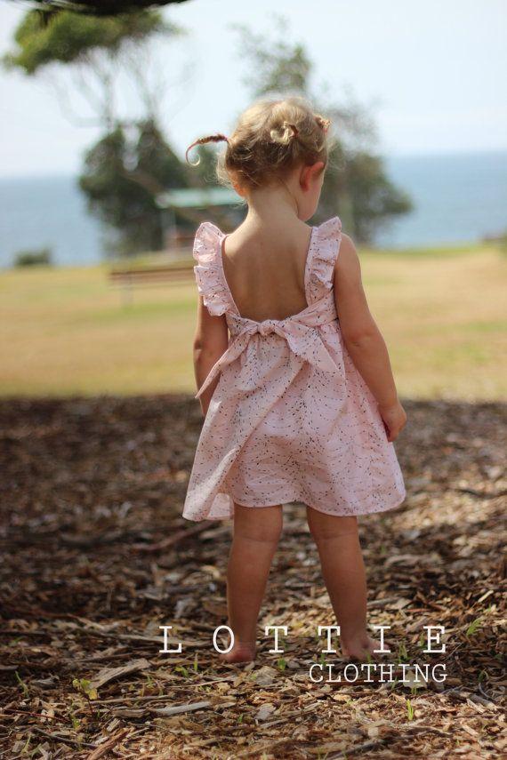 Aria partido vestido niño cumpleaños vestido por LottieClothing