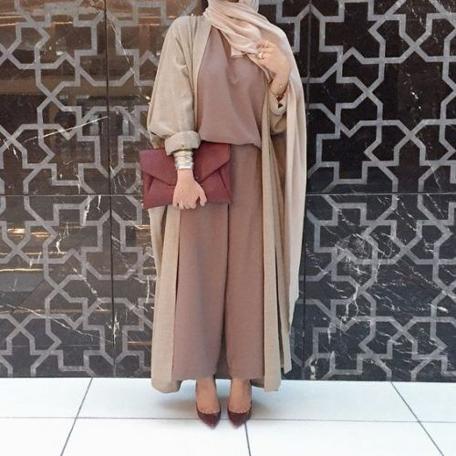 earthy tones Abaya hijab fashion- Abaya hijab fashion from Dubai http://www.justtrendygirls.com/abaya-hijab-fashion-from-dubai/