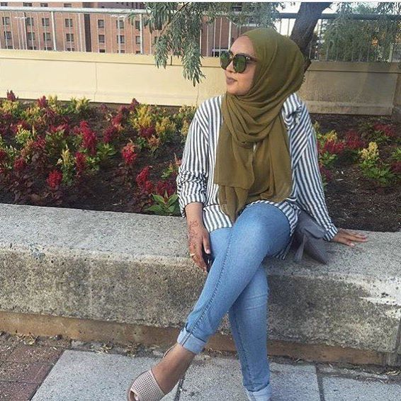 @omimaa16 simple and fly in our Olive Premium Chiffon Wrap. #hijab #fashion #hijabfashion #modestfashion #ootd