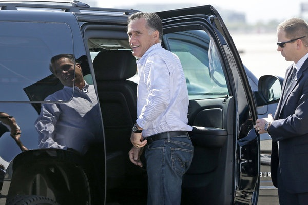 17.Romney to release 2011 tax return and summary of past taxes       Comments  404  Email  Share        Republican presidential candidate and former Massachusetts Gov. Mitt Romney gets in his vehicle as he arrives in Las Vegas. (Charles Dharapak / Associated Press / September 21, 2012)