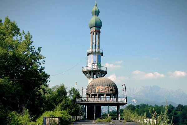 Places to Travel Consonno, Italy http://www.atlasobscura.com/places/consonno #AbandonedAmusementParks #Abandoned #ArchitecturalOddities