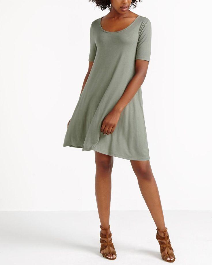 avec son design original vous pouvez porter cette robe With robe fourreau combiné avec black oak bracelet