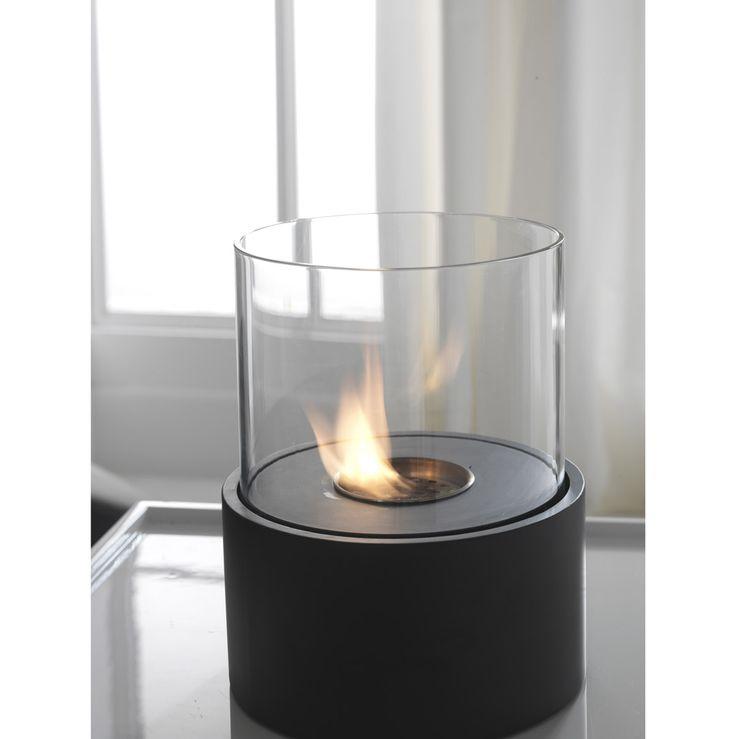 Caminetto a bioetanolo da tavolo in metallo verniciato nero opacoevetro temperato Bruciatore rotondo da 0,5l e strumento di controllo della fiamma  Misure: Ø22xh.27cm