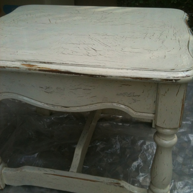 Using crackle paint to age furniture