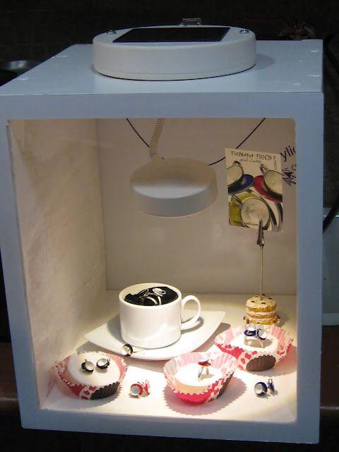 My ikea hack!!! IKEA Hackers: Solar powered jewellery display