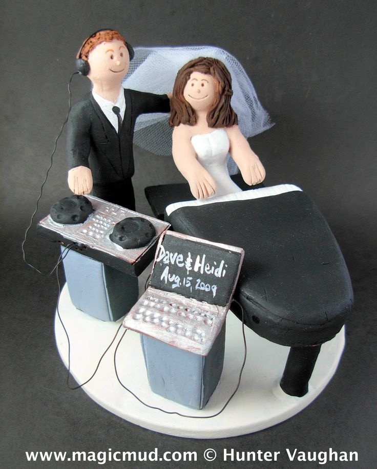 Piano Playing Bride Wedding Cake Topper  http://www.magicmud.com   1 800 231 9814  magicmud@magicmud.com  https://twitter.com/caketoppers         https://www.facebook.com/PersonalizedWeddingCakeToppers $235  #piano#pianist#wedding #cake #toppers #custom #personalized #Groom #bride #anniversary #birthday#weddingcaketoppers#cake toppers#figurine#gift#wedding cake toppers #disc-jockey#DJ#party#music#mixmaster#DeeJay#Karaoke#discJockey