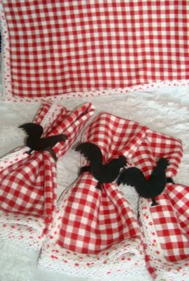 @Nanette love the trim on the gingham!