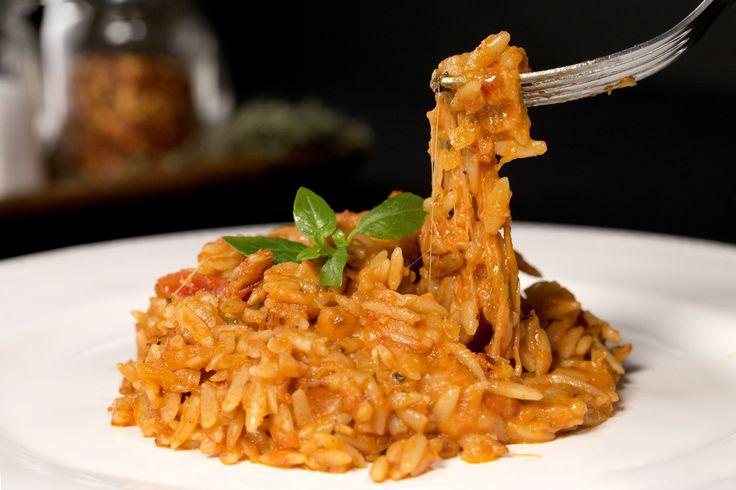 Uma receita de Risoni Caprese super prática para uma janta gostosa em família!