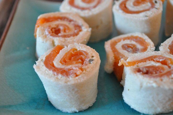 Petites bouchées roulées au pain de mie - saumon tartare