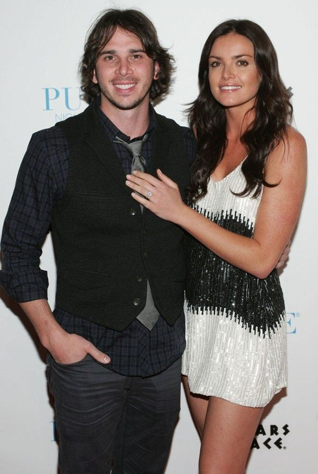 The Bachelor (Season 16) Jan 2, 2012 ~ Ben Flajnik  Robertson.  Flajnik &  Robertson broke up in February 2012 while their season was airing. However, they were later reconciled & got engaged for the second time.