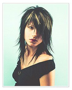 This layered razor cut is Fantastic if you want long hair, yet your hair is too thick. To add to the look, add some hilites