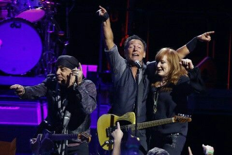 Bruce Springsteen adds Oklahoma stop to North American tour  Published On:Jan 27 2016 07:38:15 AM CSTUpdated On:Jan 27 2016 07:39:48 AM CST  OKLAHOMA CITY -  Bruce Springsteen will be making a tour stop in Oklahoma.  Springsteen and the E Street Band will be at Chesapeake Energy Arena on April 3. The tour date was added to the current North American Tour stops.  Tickets for the show go on sale at 10 a.m. on Saturday, Jan. 30. Tickets can be purchased at LiveNation.com.  Every night of the…