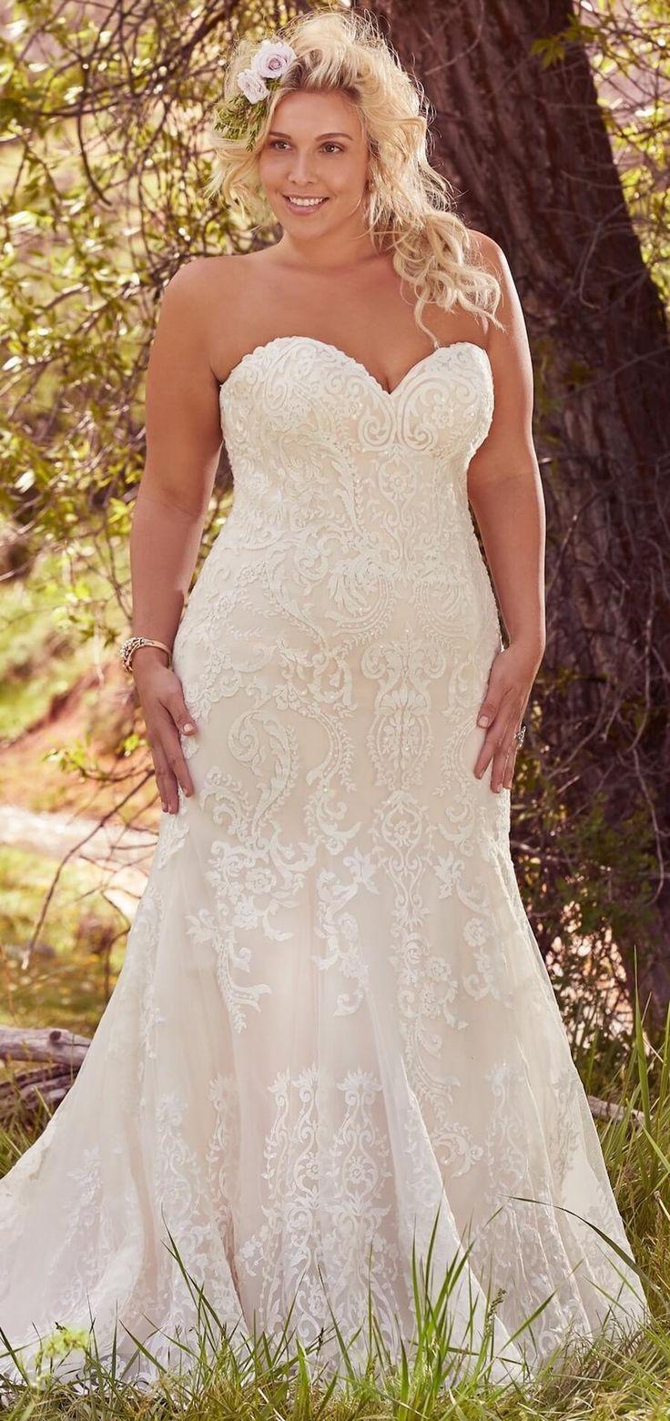 25 Schmeichelhafte Brautkleider In Ubergrosse Fur Die Stilvolle Und Romantische Braut Wedding Dresses Strapless Ball Gowns Wedding Plus Size Wedding Gowns [ 1561 x 736 Pixel ]