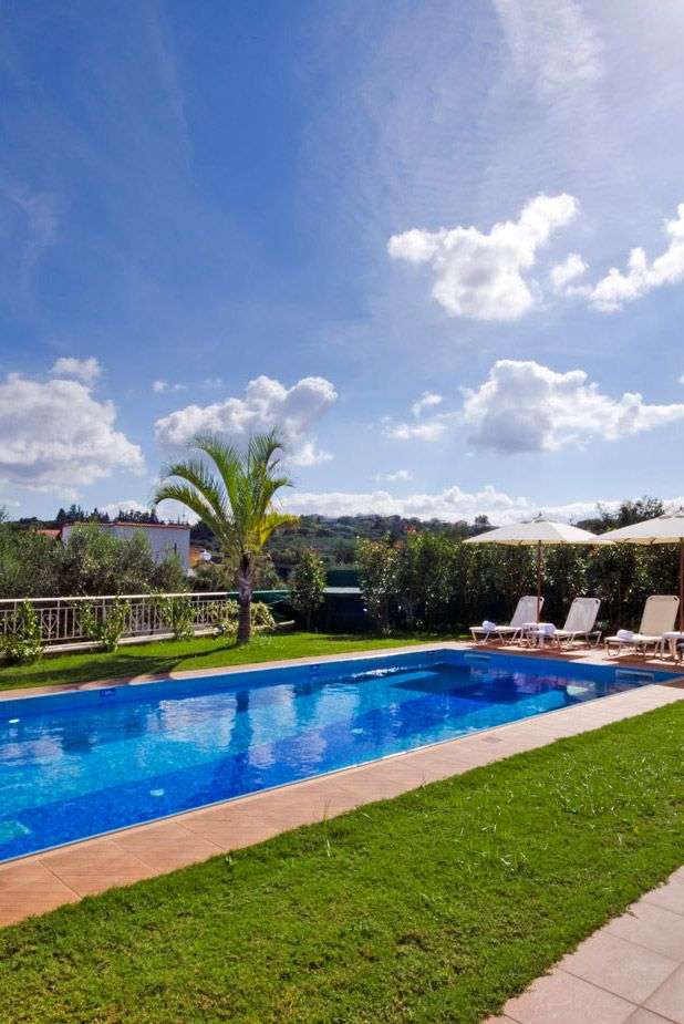Relaxing Retreat Villa in Gerani, Chania. #crete #TheHotelgr #relaxing #pool #vacation
