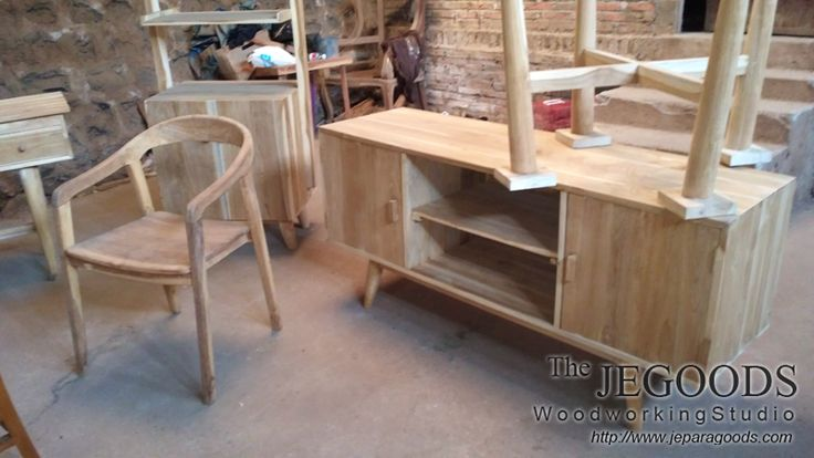 We produce and manufacturing scandinavian mid century retro furniture buffet style at wholesale factory price by Jepara Goods Woodworking Studio Indonesia. http://jeparagoods.com  #retrofurniture #scandinavianfurniture #vintagefurniture #retrobuffet #midcenturybuffet #teakfurniture #indonesiafurniture