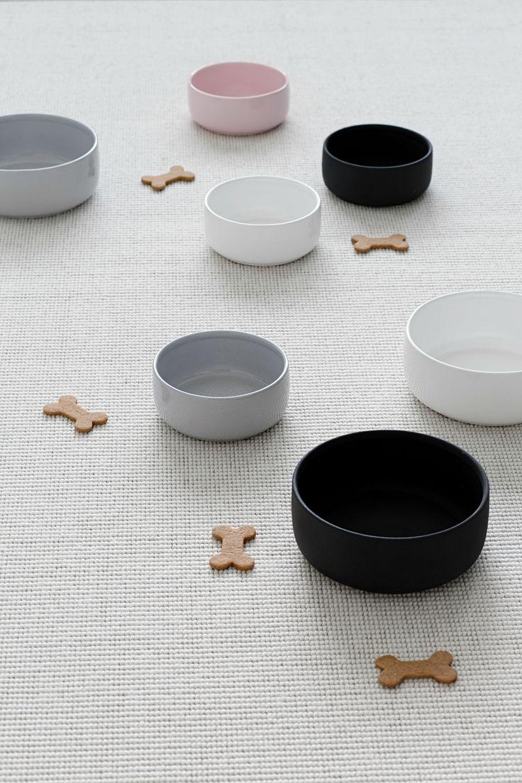 Kind - Ole hyvä ceramic dog bowls