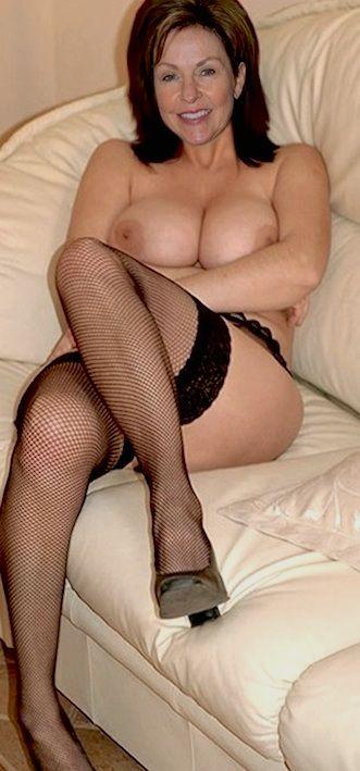 Older sexy women naked nude beaverhunt brutal