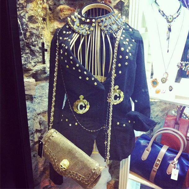 Jacket with gold studs, collar with studs - Giacca con borchie dorate