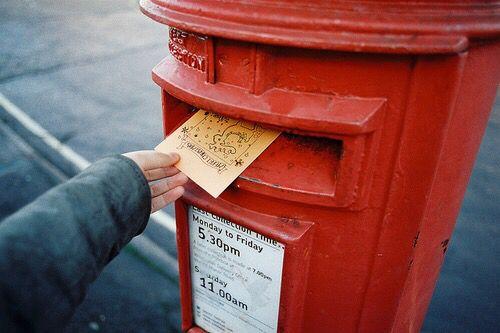 10年後の自分になにか伝えたいことはありませんか?今の悩みや、未来へのエールなど手紙に託してみてはどうですか♡タイムカプセル郵便なら指定した日の指定した場所にあなたの手紙を送ることができます!あなたの素直な思いを未来の自分に届けましょう*