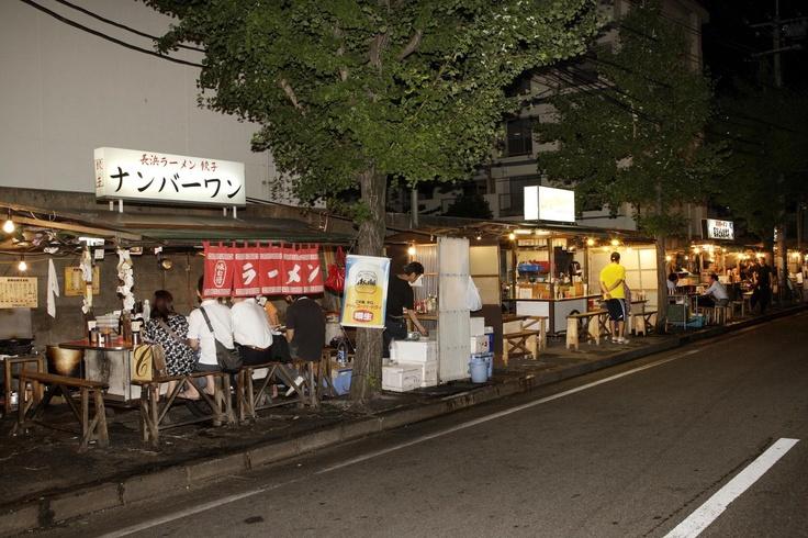 長浜ラーメン屋台街  Nagahama noodles street stalls