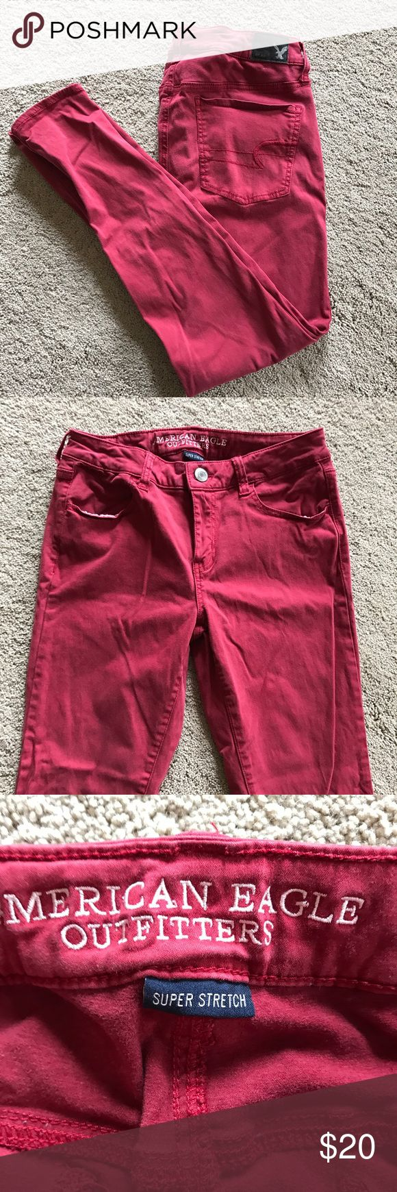 """Red skinny pants Realllly comfortable skinny """"jeans"""" they move with your body and are in great condition. Only worn a couple times American Eagle Outfitters Pants Skinny"""