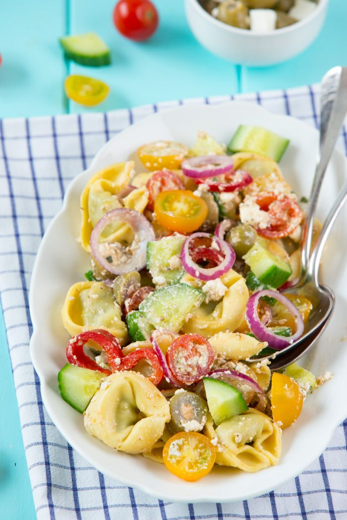 Griechischer Tortellini Salat