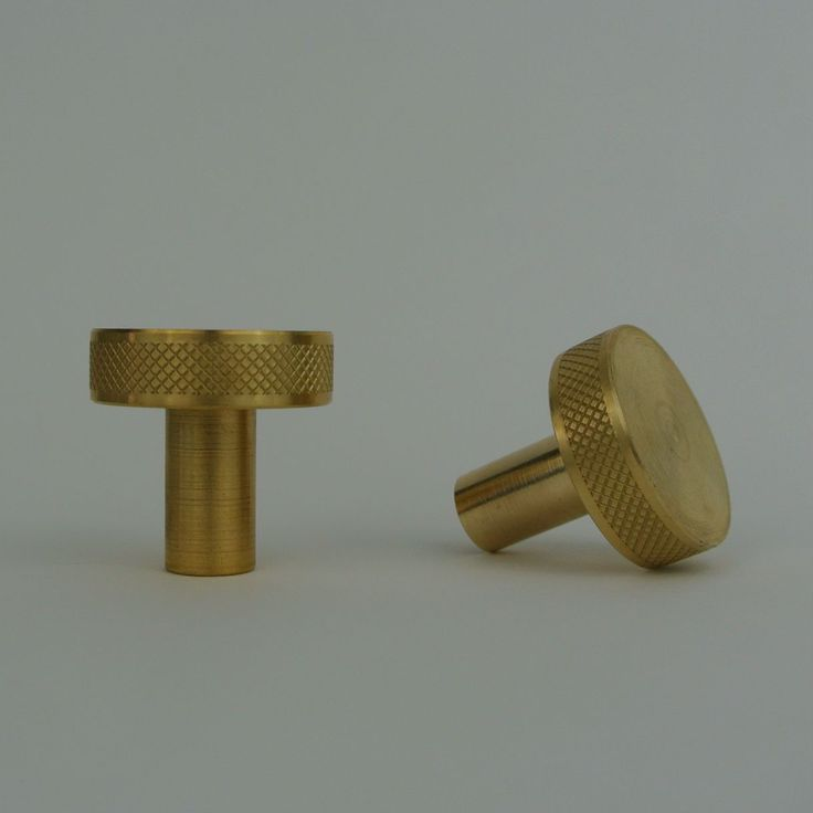 XL Brass Diamond Edge Drawer Knob
