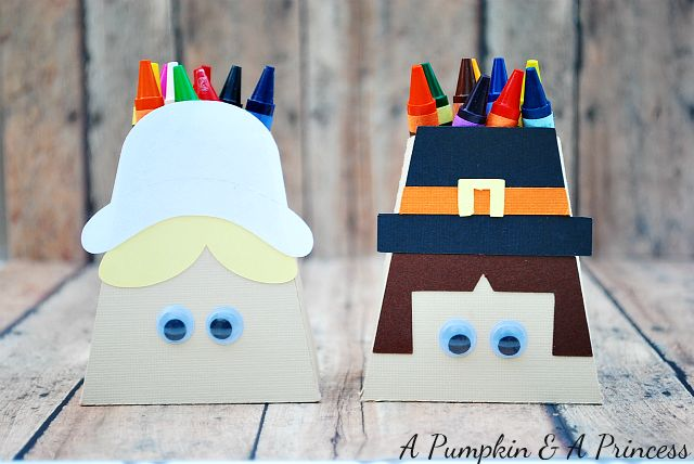 Pilgrim Treat Boxes ~ fun craft idea for Thanksgiving Kids Table #holidayentertaining