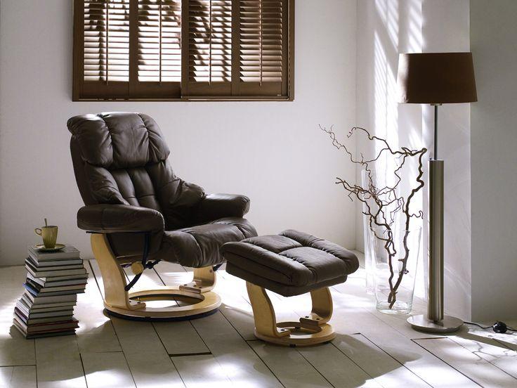 Relax-SesselGuccery mit Hocker Absolut hochwertig verarbeiteter bequemer Wohnsessel in ansprechendem Design. Ein zeitloses Möbelstück zum Entspannen mit raffinierten Details für einen...